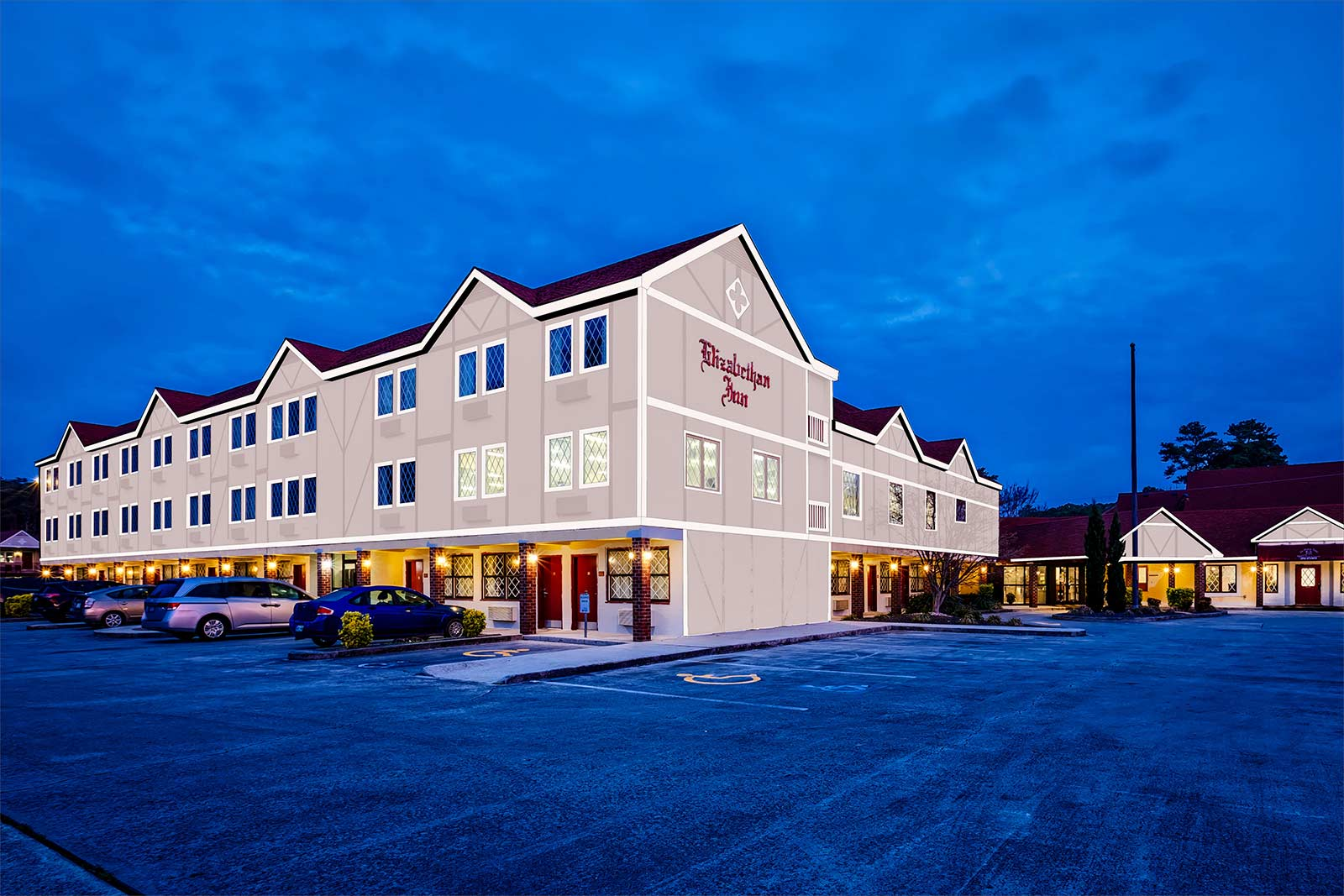 Outer Banks Hotels >> Best Hotels Near Obx Budget Holiday Hotel Manteo Nc Outer Banks